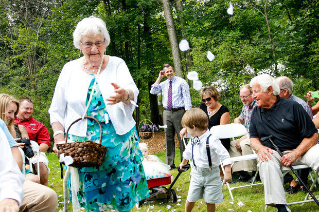 Bride Asks 94-Year-Old Grand…