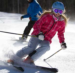 Female-Only Ski Camps Are Ta…