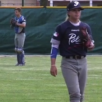 French Female Baseball Playe…