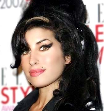 Fans, Friends, and Family React To Amy Winehouse's Tragic Death