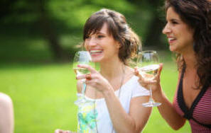 Cheers! How to Start a Wine Tasting Group