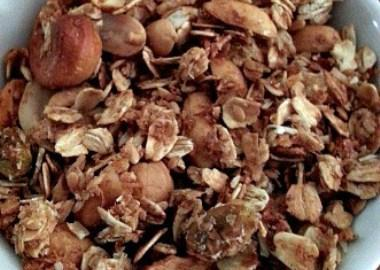 Sweet Maple Granola Recipe
