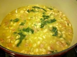 White Bean, Ham and Kale Soup