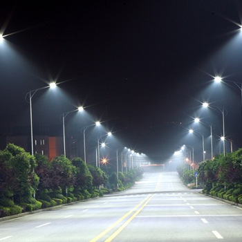 More Than Just Hard to Look At, Experts Say LED Street Lights May Harm Your Health