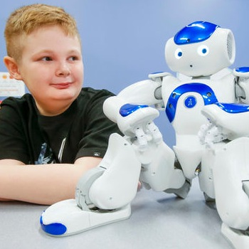 A Little Robot That Makes A Big Difference For Kids in the Hospital