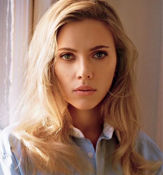 Scarlett Johansson Pregnant and Preparing For Working Mom Balancing Act