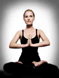 Yoga Makes Menopause Manageable