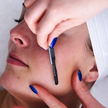 Why Dermaplaning Has Women Everywhere Embracing the Female Face Shave
