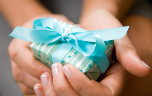 Gift It: Creating An Impressive Gift Closet