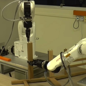 These Robots Can Do the Ulti…