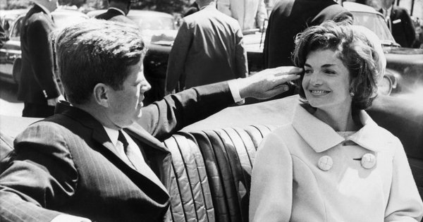 Jacqueline Kennedy: A New Side to the Young Widow