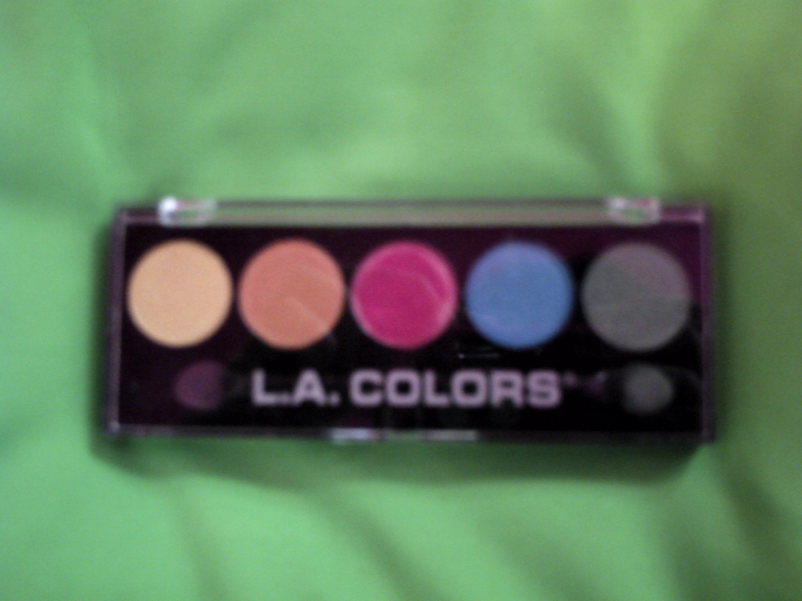 L. A. Colors 5 Color Metallic Eyeshadow in Tease
