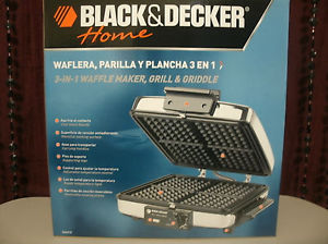 Black and Decker  3 in 1 Waffle Iron and Indoor Grill/ Griddle (G48TD)